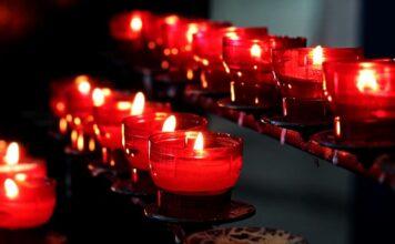Jak używać świec zapachowych